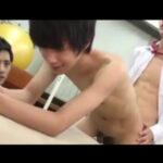 【ゲイ動画】可愛らしい男子校生が体育倉庫で同級生にイジメの末にレイプされ上下のお口にマラを突っ込まれ顔射されてしまう!
